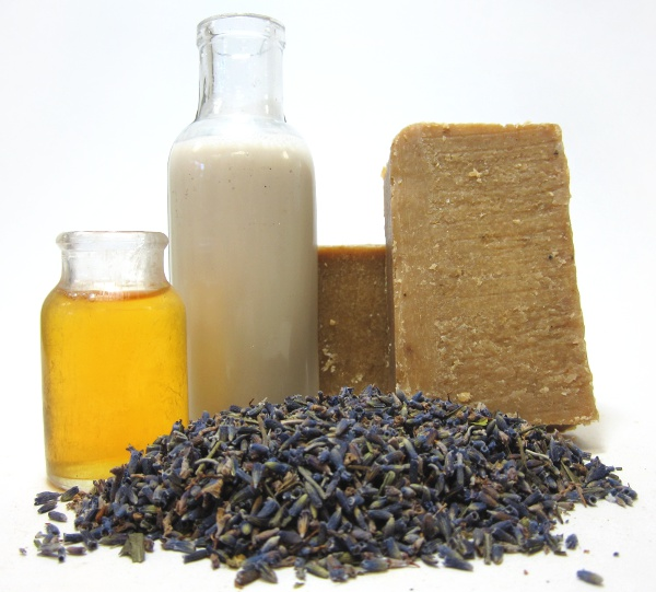 goats-milk-lavender-olive-oil-soap